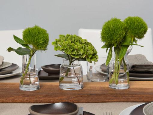 Mini Vasen-Trio Chimney von LSA, Glas, klar mit Rosenthal Junto Geschirr