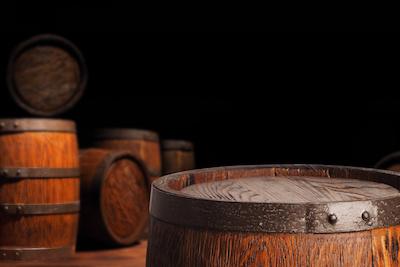 Rum Fässer oder Wein Fässer