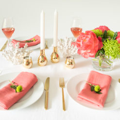 Geschenke Muttertag Pantone Living Coral, Tischdekoration