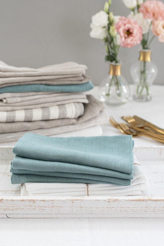 Servietten aus Leinen in verschiedenen Farben, dominierend Aqua Mint, Produktkategorie