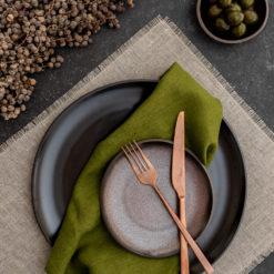 Tischset Leinen Natur mit Fransen und Leinen Servietten Moosgrün zu Rosenthal Junto