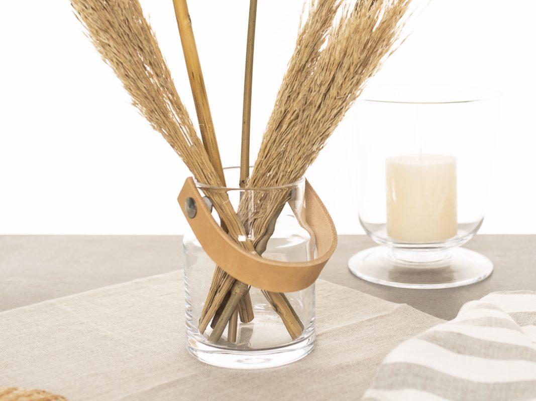 LSA International, Utility Glas und Light Windlicht mit Leinenservietten und Tischläufer